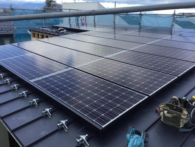 守山市今宿4丁目モデルハウス屋根太陽光発電システム