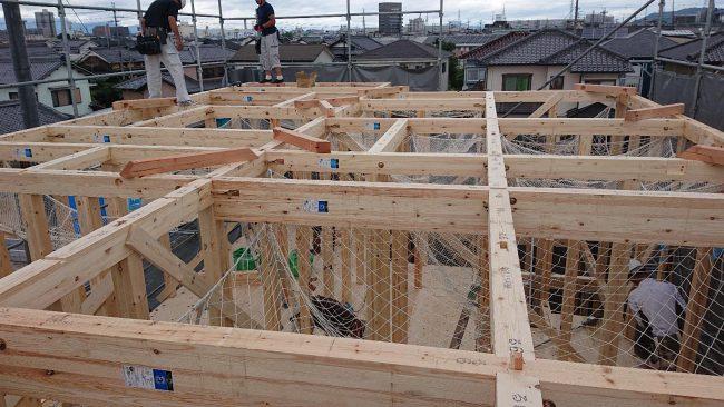 栗東市川辺25モデルハウス上棟工事