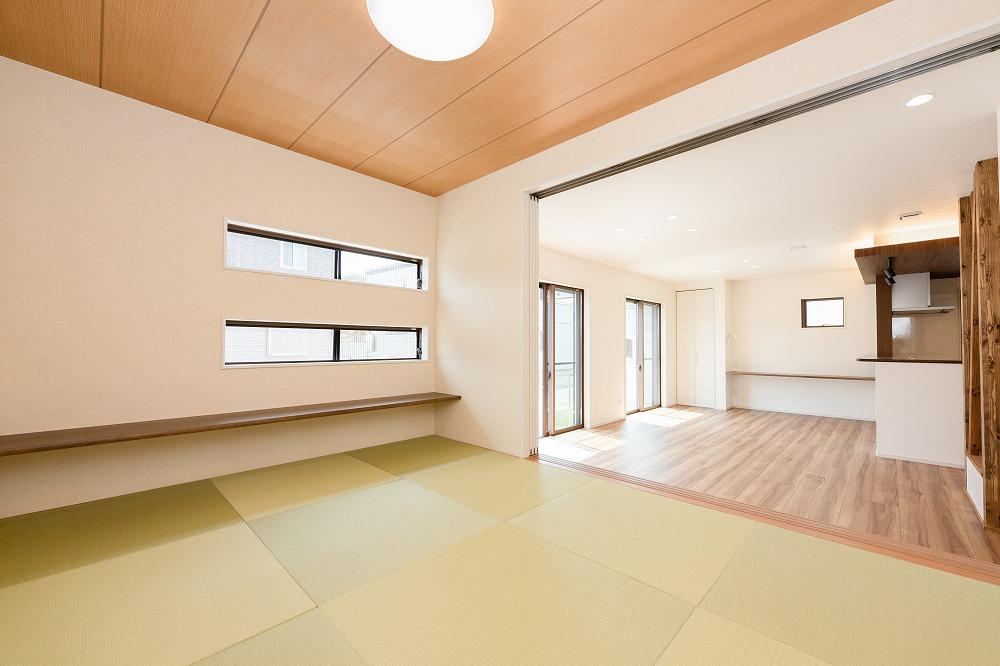 栗東市施工事例_広々リビングのお客様邸_和室
