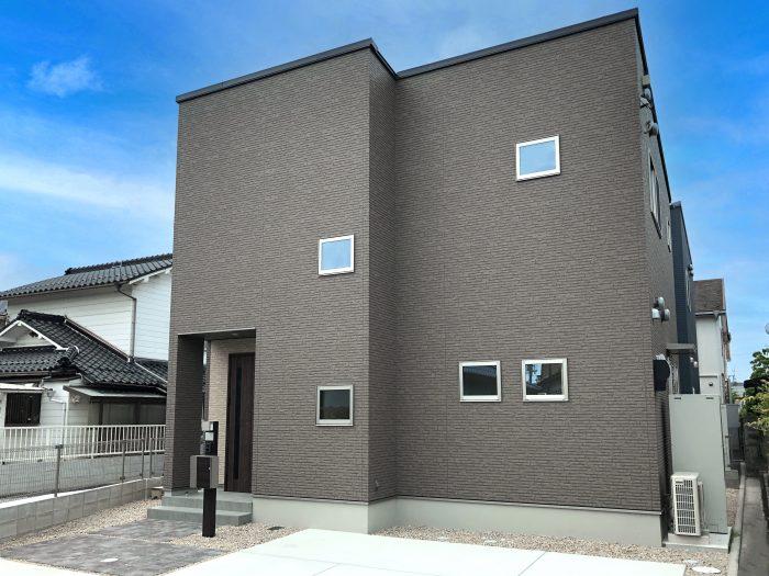 守山市播磨田町モデルハウス外観